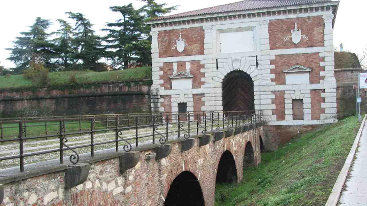 Veneto_Verona_PortaSanZeno